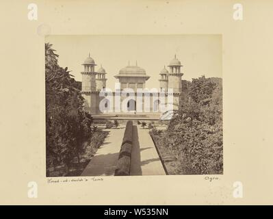 Itmad-ud-Daulah's Tomb. Agra, Unknown maker, Agra, India, 1887, Albumen silver print, 19.1 × 24 cm (7 1/2 × 9 7/16 in - Stock Photo