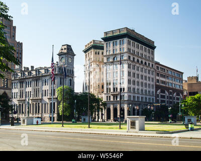 Syracuse, New york, USA. July 12, 2019. View of Clinton Square in downtown Syracuse, NY, and the historic Gere Bank Building and Onondaga County Savin - Stock Photo