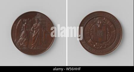 Antwerp art festival 1861, Bronze Medal. Front: crowned woman (the Antwerp virgin), standing by opened gate in high wall, grasping the hand of winged woman with painter's palette under her arm with her right hand, and making an inviting gesture to her with left hand, cut off: inscription. Reverse: coat of arms under ox-head, surrounded by two streamers, one with inscription inside, Antwerp, Belgium, Leopold Wiener, Brussels, 1861, bronze (metal), striking (metalworking), d 6 cm × w 91.61 - Stock Photo