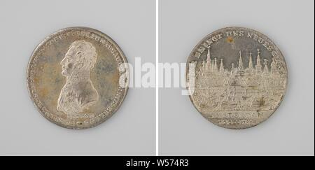 Inauguration in Amsterdam of Willem Frederik, Prince of Orange as sovereign prince, Silver Medal. Front: man's bust inside the inside. Reverse: view of Amsterdam on a busy IJ within a circle, cut off: dating, Netherlands, Amsterdam, Willem I Frederik (King of the Netherlands), Johann Thomas Stettner, Neurenberg, 1813 - 1814, silver (metal), striking (metalworking), d 3.3 cm × w 140 - Stock Photo