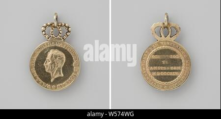 Inauguration in Amsterdam of Willem Frederik, Prince of Orange as sovereign prince, medal with eyelet on crown. Front: man's bust inside the inside. Reverse: inscription inside, Amsterdam, Netherlands, Willem I Frederik (King of the Netherlands), Hendrik Lageman, 1814, metal, gilding, d 3.5 cm × d 2.3 cm × w 7.32 - Stock Photo
