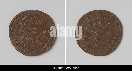 Murder in Doullens, Copper Medal. Obverse: Henry IV, with shield and sword, is attacked by bear, wolf, fox and snake within an inscription. Reverse: coat of arms within a circle, Zeeland, Spain, France, Doullens, Henry IV (King of France and Navarre), States of Zeeland, anonymous, Middelburg, 1595, copper (metal), striking (metalworking), d 3 cm × w 5.99 - Stock Photo