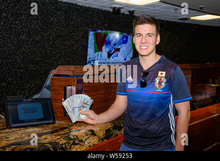 Las Vegas, NV, USA. 26th July, 2019. ***HOUSE COVERAGE*** Jeopardy champion James Holzhauer signs up for the Westgate Las Vegas' SuperContest, the Ultimate Football Handicapping Challenge, in the Westgate Superbook at Westagte Las Vegas Resort & Casino in Las Vegas, NV on July 26, 2019. Credit: Gdp Photos/Media Punch/Alamy Live News - Stock Photo