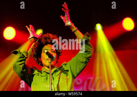 Macy Gray performs on stage in the Saim Tent WOMAD Festival (World of Music Arts and Dance) on Friday 26 July 2019 at Charlton Park, Malmesbury. Macy Gray is an American R&B and soul singer-songwriter, musician, record producer and actress. Picture by Julie Edwards. - Stock Photo
