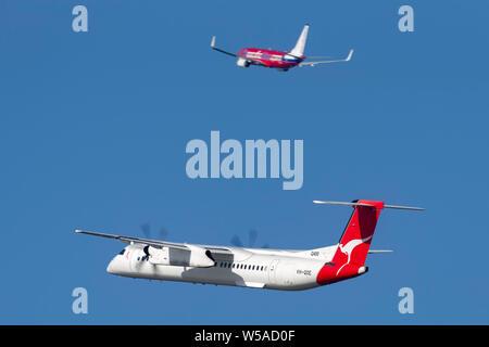 QantasLink de Havilland Canada (Bombardier) Dash 8 (DHC-8-402Q) twin engine turboprop regional airliner aircraft - Stock Photo