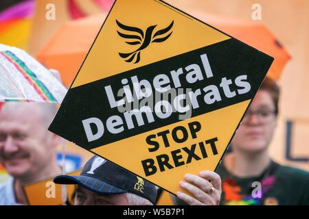 Liberal democrats stop brexit campaigning in Liverpool, Merseyside, UK - Stock Photo