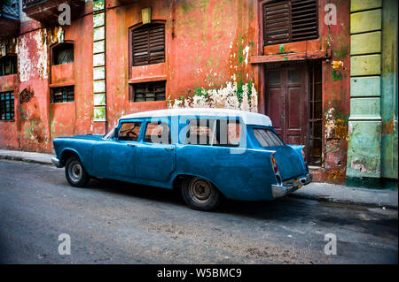 Classic American made station wagon on the street in Trinidad, Cuba - Stock Photo