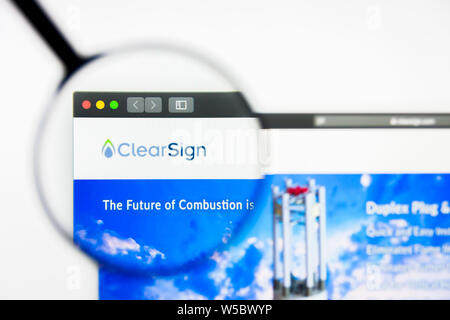 Richmond, Virginia, USA - 27 July 2019: Illustrative Editorial of ClearSign Combustion Corporation website homepage. ClearSign Combustion Corporation - Stock Photo