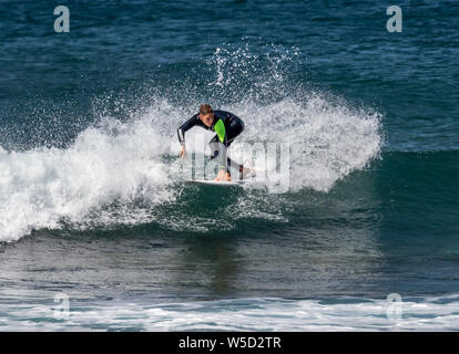 Short Board Surfing, Playa de las Americas