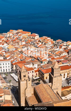 Elevated view of Cefalu old town dominated by the Roman Catholic cathedral, Duomo di Cefalu. - Stock Photo