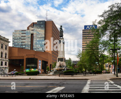 Syracuse, New york, USA. July 12, 2019. View of Columbus Circle with The Civic Center and one of the two AXA Towers - Stock Photo