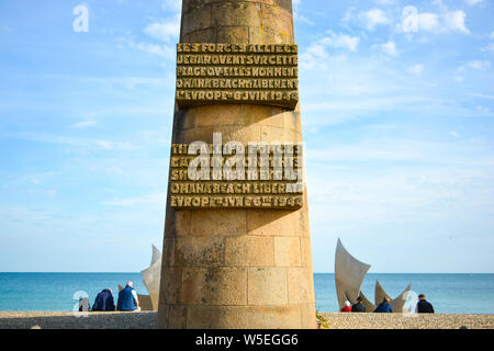 Les Braves Memorial to fallen US soldiers at Omaha Beach on the northern coast of Normandy France at Colleville Sur Mer. - Stock Photo