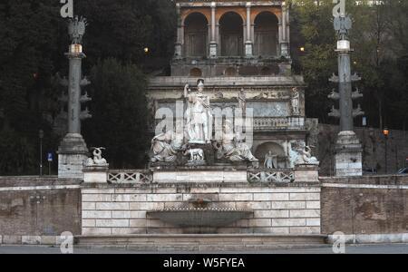 Italy, Rome, Piazza del Popolo, Fontana della Dea di Roma   Photo © Fabio Mazzarella/Sintesi/Alamy Stock Photo - Stock Photo