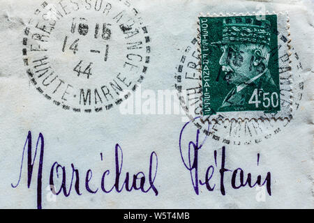 French wartime letter addressed to Marechal Petain in Vichy, with a Petain postage stamp affixed - France. - Stock Photo
