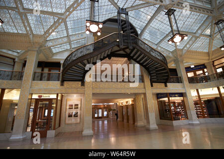 interior of the two storey sky lit lobby of the rookery building designed by frank lloyd wright Chicago IL USA - Stock Photo