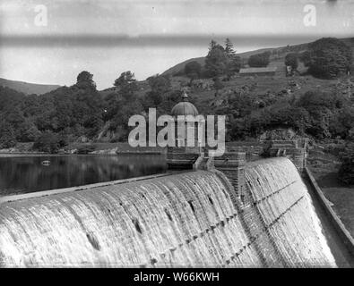 Staudamm Pen y Garreg Wales / Pen y Garreg Dam Elan Valley - Stock Photo