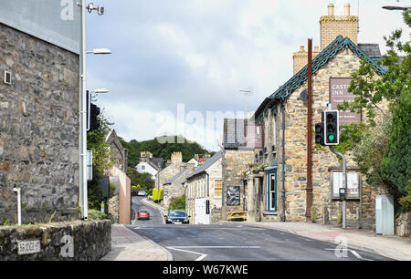 A general view of the seaside village of Newport in Pembrokeshire, Wales, popular with tourist to the Pembrokeshire area. - Stock Photo