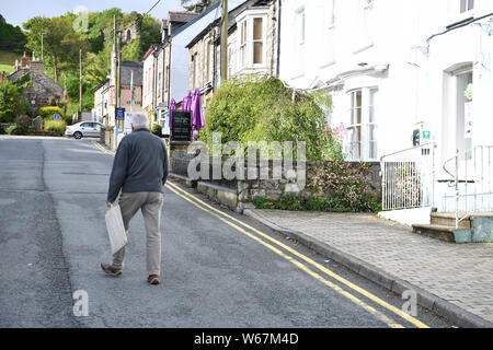 Newport, Pembrokeshire, Saturday, 8th June 2019 A general view of the village of Newport in Pembrokeshire where the home owned and built by Matthew an - Stock Photo