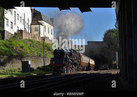 Standard 4MT Tank departs Bury Bolton Street with an evening Diner on the East Lancashire Railway. - Stock Photo