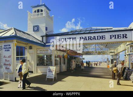 South parade Pier entrance, Southsea, Portsmouth, Hampshire, England, UK. Circa 1980's - Stock Photo