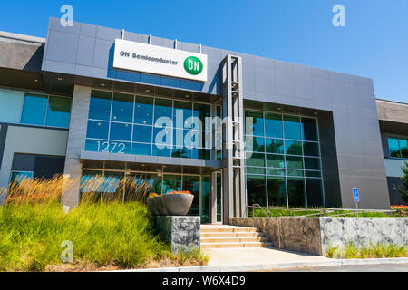 August 1, 2019 Sunnyvale / CA / USA - ON Semiconductor offices in Silicon Valley; ON Semiconductor is a semiconductors supplier and runs a network of - Stock Photo