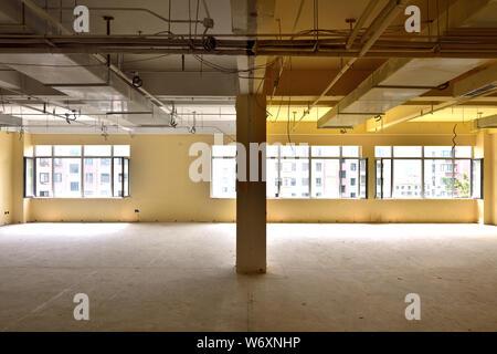 Empty Sorehouse - Stock Photo