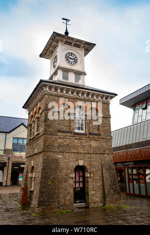 UK, Wales, Carmarthenshire, Carmarthen, Market, 1846  Italianate Clock Tower by F.E.H. Fowler of London beside Carmarthen Mart - Stock Photo