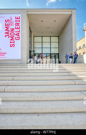 James-Simon-Galerie, Neues Museum, Pergamonmuseum, Museumsinsel, Berlin Mitte, Berlin, Deutschland - Stock Photo
