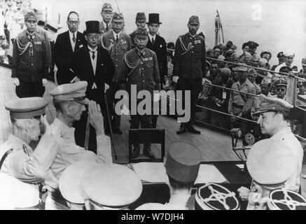 Japanese surrender on board the USS 'Missouri', Tokyo Bay, Japan, 15th August 1945. Artist: Unknown - Stock Photo