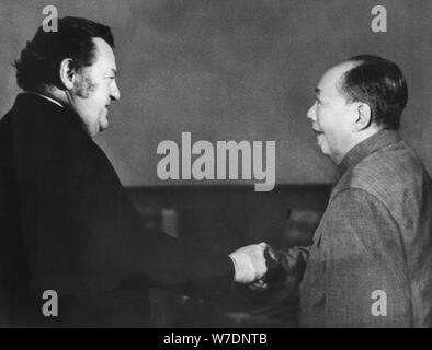 German politician Franz Josef Strauss meeting Chairman Mao Zedong in China, 1975. Artist: Unknown - Stock Photo