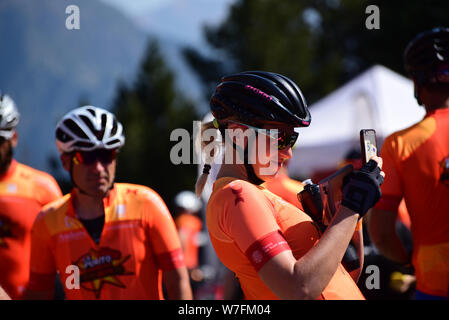 Coll de l Gallina, Sant Julia de Loria, Andorra : Agust 4 2019 : Cyclists in La Purito 2019 in Andorra. Amateur race in Andorra. - Stock Photo