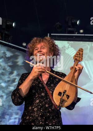 Violons Barbares,  Festival Bout du Monde 2019 à Crozon Brittany - Stock Photo