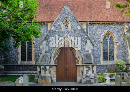 An entrance into St James the Less church in Pangbourne in West Berkshire, UK. - Stock Photo