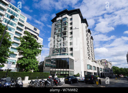The 5 star, Four Seasons Hotel,  Hamilton Place, Park Lane, London, UK  19 Jun 2018 - Stock Photo