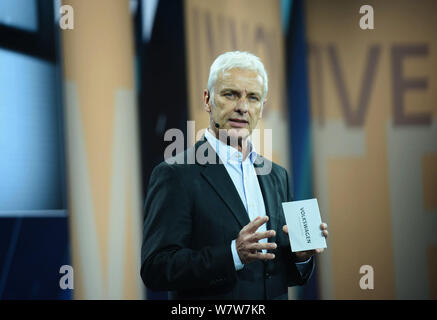 Volkswagen CEO Matthias Mueller speaks during a launch event of Volkswagen ahead of the 17th Shanghai International Automobile Industry Exhibition, al - Stock Photo