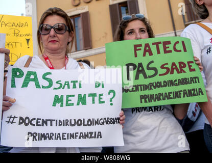 Rome, Italy. 07th Aug, 2019. Demonstration before the Chamber of Deputies of teachers of primary and childhood schools against the Government's decision to exclude them from the special qualifying path (Pas) that will be discussed in Parliament next week. (Photo by Patrizia Cortellessa/Pacific Press) Credit: Pacific Press Agency/Alamy Live News - Stock Photo