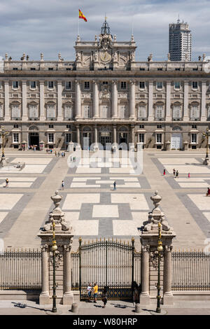 Vertical aerial view of the Royal Palace in Madrid.