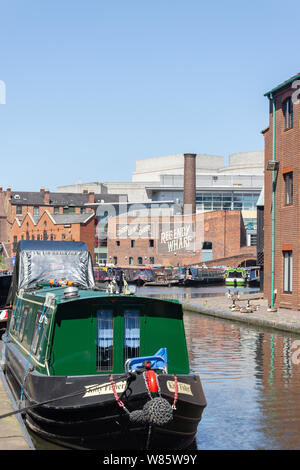Canal boat on The Worcester and Birmingham Canal, Gas Street Basin, Birmingham, West Midlands, England, United Kingdom - Stock Photo