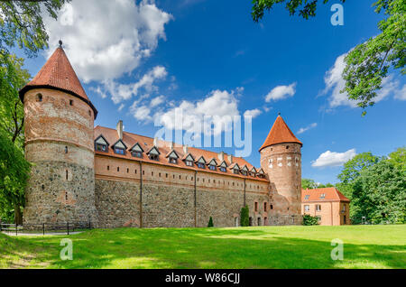 Bytow, pomeranian province, Poland, ger.: Butow. 14th cent. castle of the Teutonic Knights. - Stock Photo