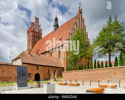 Dobre Miasto, ger. Guttstadt, warmian-mazurian province, Poland. 14th cent. collegiate church of the Holy Saviour and All Saints,  basilica minor. - Stock Photo