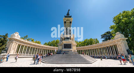 Horizontal panoramic of the Monument to Alfonso XII in Retiro Park in Madrid.