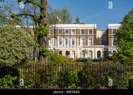 Terraced houses on St. James's Gardens, The Royal Borough of Kensington and Chelsea, Notting Hill, London, UK - Stock Photo
