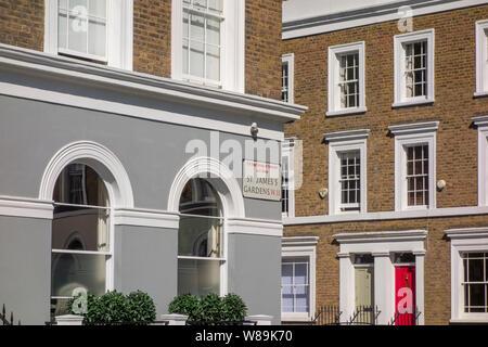 Terraced houses on St. James's Gardens, The Royal Borough of Kensington and Chelsea, Notting Hill, London, UK - Stock Photo