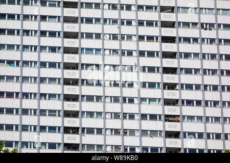 Poynter House, high-rise tower block, Edward Woods Estate, Hammersmith and Fulham, London, UK - Stock Photo