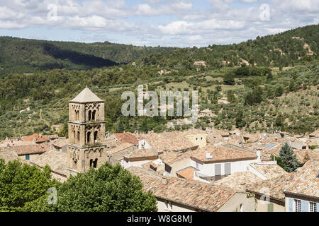 The village of Moustiers Sainte Marie in Provence, France. - Stock Photo