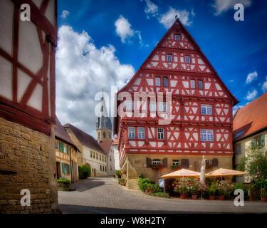 DE - BADEN-WÜRTTEMBERG: 'Baumann'sches Haus' (Altstadthotel 'Wilde Rose') in in the historic town of Eppingen, Baden Wuerttemberg, Germany (HDR-Image) - Stock Photo