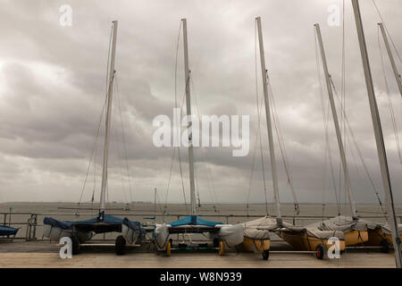 Southend on Sea, UK. 10th Aug, 2019. A windy, showery but warm day at the seafront.  Penelope Barritt/Alamy Live News - Stock Photo