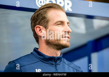 London, UK. 10th Aug, 2019. Jan Siewert manager of Huddersfield Town during the EFL Sky Bet Championship match between Queens Park Rangers and Huddersfield Town at The Kiyan Prince Foundation Stadium, London, England on 10 August 2019. Photo by Salvio Calabrese. Editorial use only, license required for commercial use. No use in betting, games or a single club/league/player publications. Credit: UK Sports Pics Ltd/Alamy Live News - Stock Photo