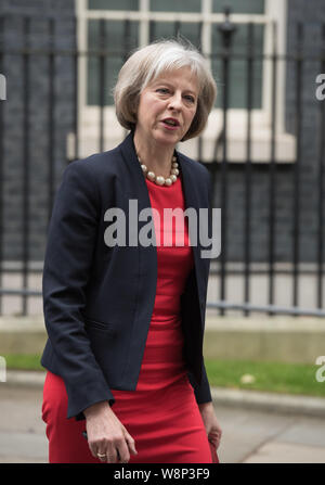 Downing Street, London, UK. 20th October, 2015. Government ministers leave Downing Street after attending the weekly cabinet meeting at Downing Street - Stock Photo