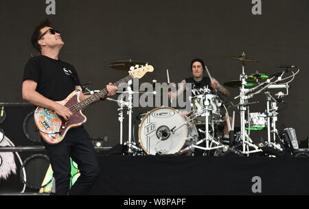 SanFrancisco, USA. 09th August, 2019. Blink 182 - Mark Hoppus and Travis Barker perform during the 2019 Outside Lands music festival at Golden Gate Park on August 09, 2019 in San Francisco, California. Photo: imageSPACE/MediaPunch Credit: MediaPunch Inc/Alamy Live News - Stock Photo